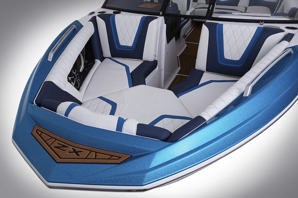 Новая модель Tige Boats среднего класса